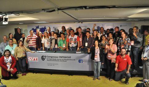 Delegados do 6º Congresso Nacional da CNTSS/CUT elegem nova Direção da Confederação para o mandato de 2013/2016